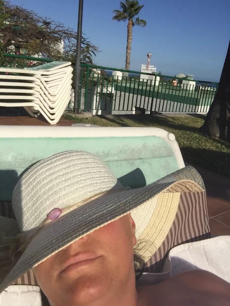 Min nya hatt som David valde, för att skydda mot solen.