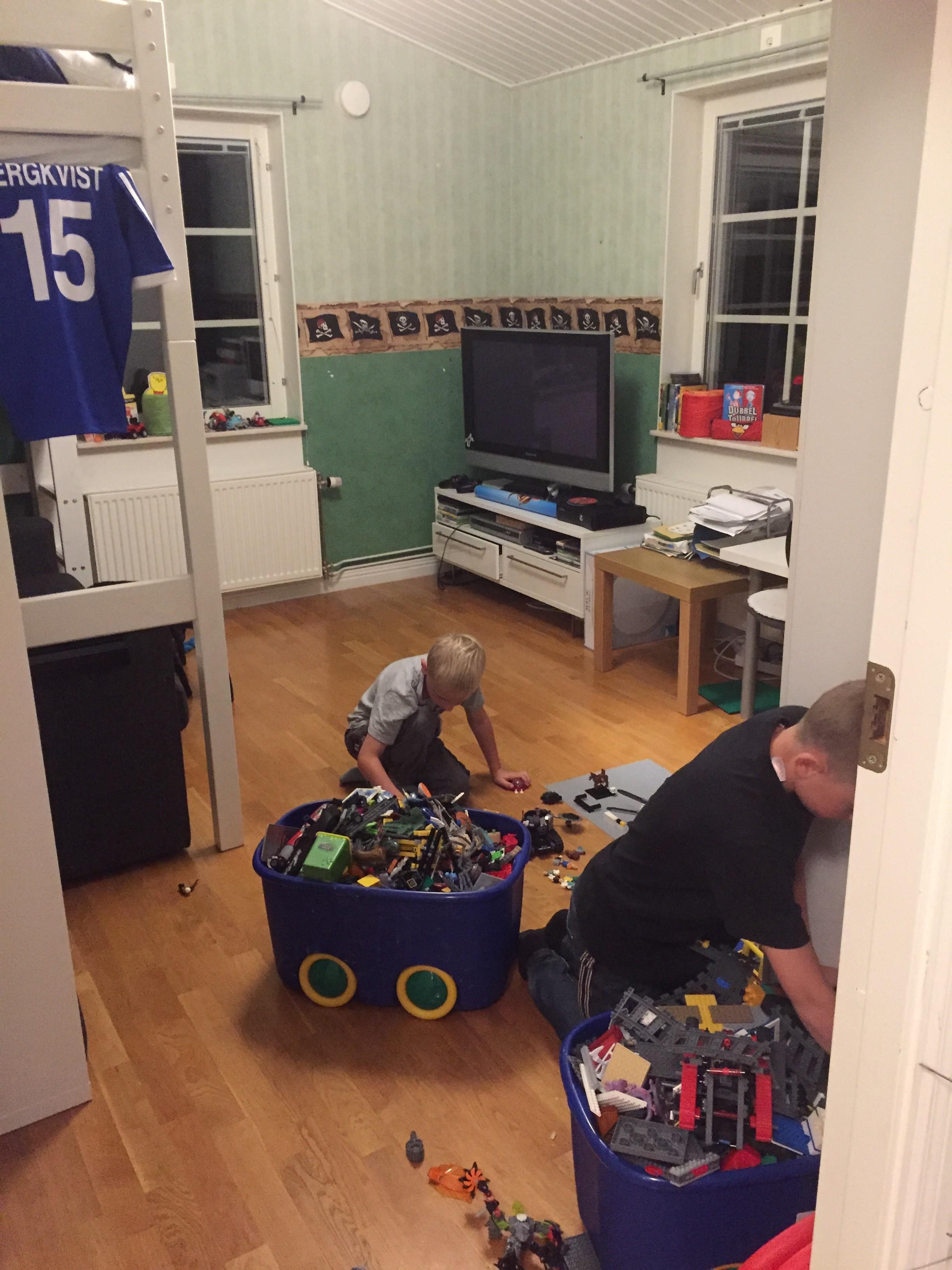 Tror killarna har längtar efter Lego. ☺️