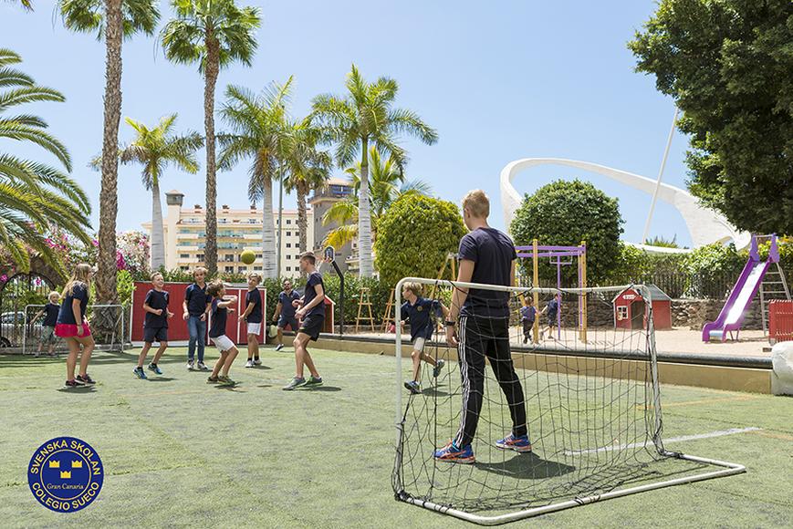Delar av skolgården, Svenska Skolan på Gran Canaria. Lånad bild från svenskaskolangc.com. Fotograf: Pia Lundberg